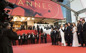 At Cannes, stars raise over USD 15 mn for AIDS research