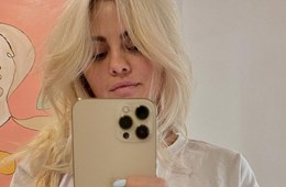 Selena Gomez's New Blonde Hair Took Eight Hours and 200 Foils to Achieve