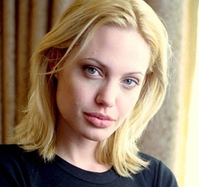 Angelina Jolie Is Blonde Again!