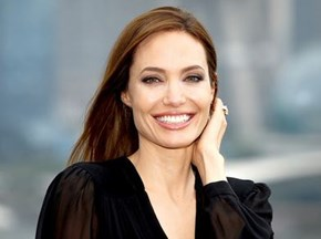 Angelina Jolie gives powerful speech about sexual violence